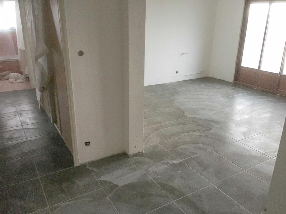Rénovation et mise aux normes du système électrique d'un appartement ancien sur les hauteurs de Toulon